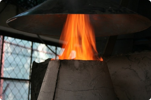 Four de l'entreprise sociale SGFE pour fabriquer des briquettes